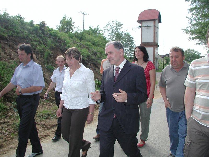 procházka s panem hejtmanem po obci